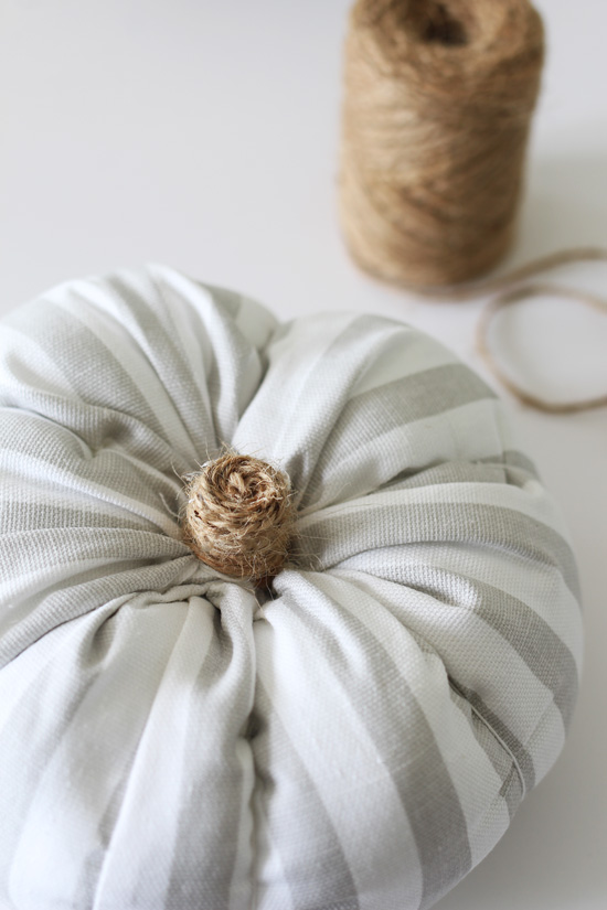 How to make a fabric pumpkin from confessionsofaserialdiyer.com