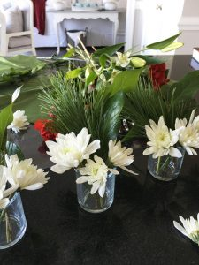 Place cards from Fresh Florals from confessionsofaserialdiyer.com