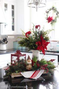 Christmas centerpiece from confessionsofaserialdiyer.com
