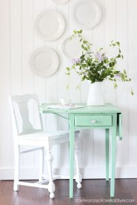 Drop Leaf Thrift Store Side Table Painted in Dixie Belle Mint Julep
