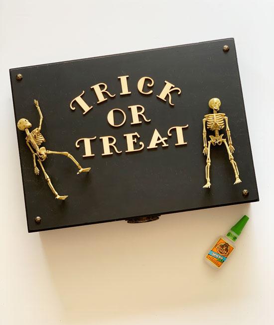 DIY Halloween Box