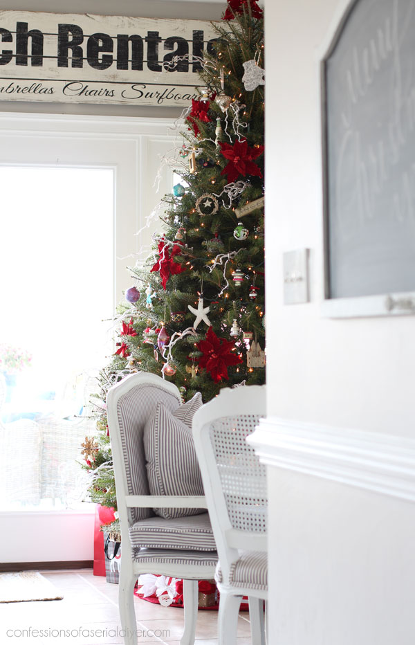 Christmas Home Tour from confessionsofaserialdiyer