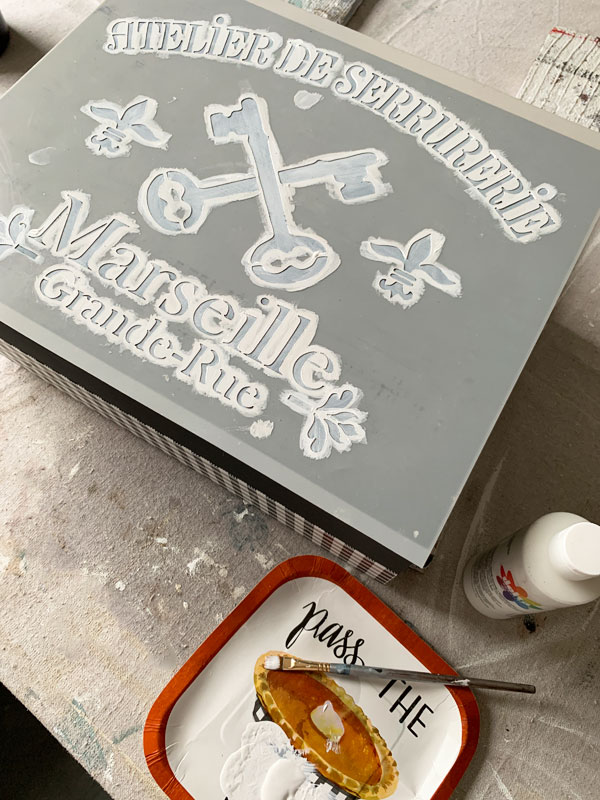 Adding a stencil to a box