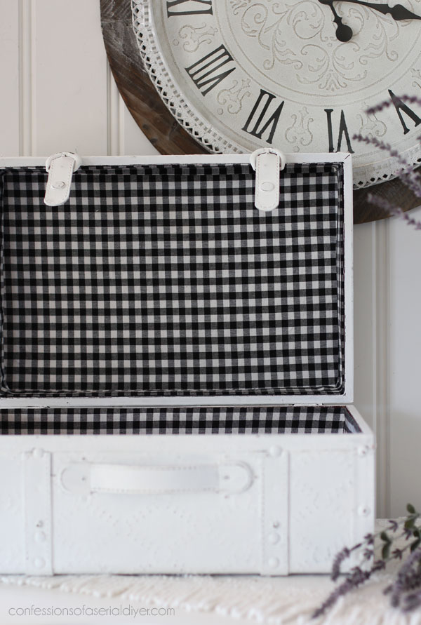 Box lined with black and white gingham
