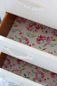 Line drawers with paper