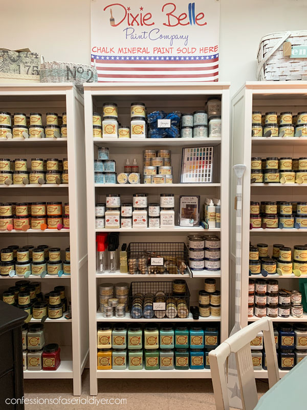 Dixie Belle paint display