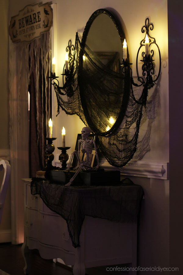 Indoor halloween decor