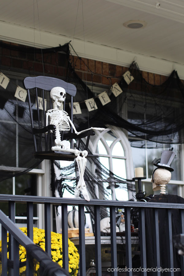 Outdoor skeleton decor