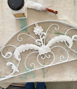 Painting metal with chalk paint