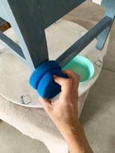 Using the blue sponge to apply Gator Hide