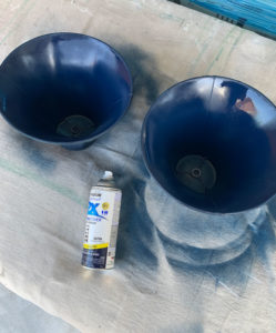 spray paint lamp shades