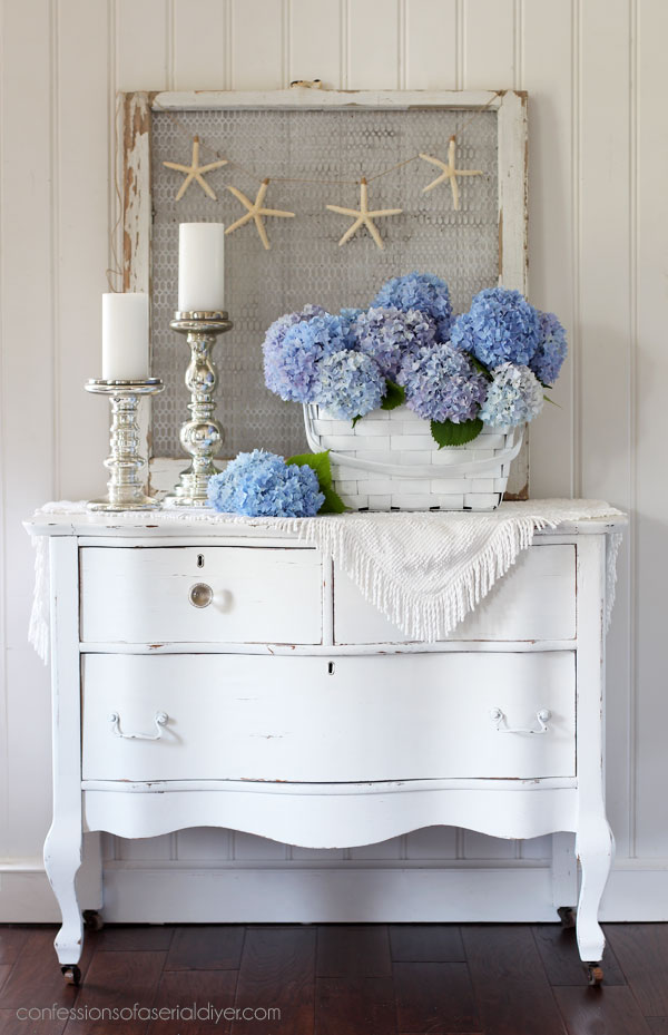 Turn a basket into a vase!