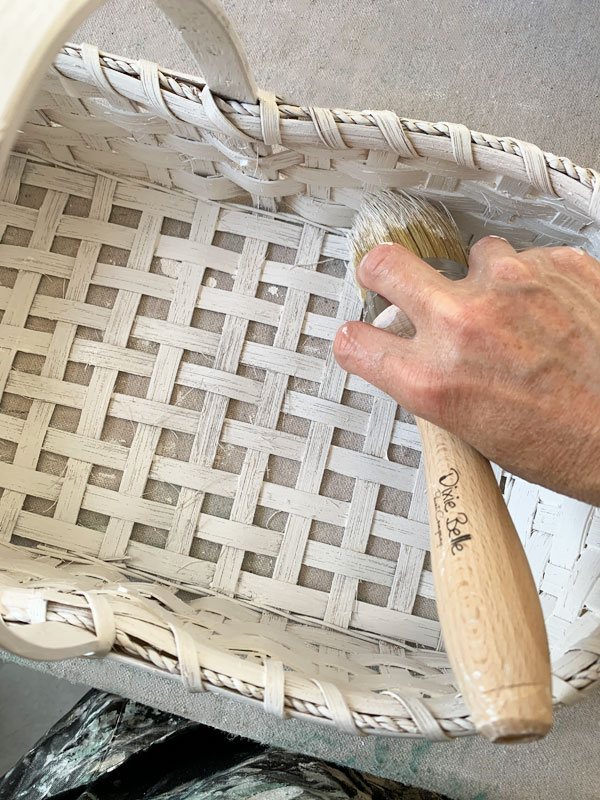 painting baskets