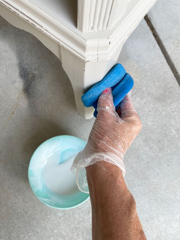 Applying the Clear Coat with a sponge