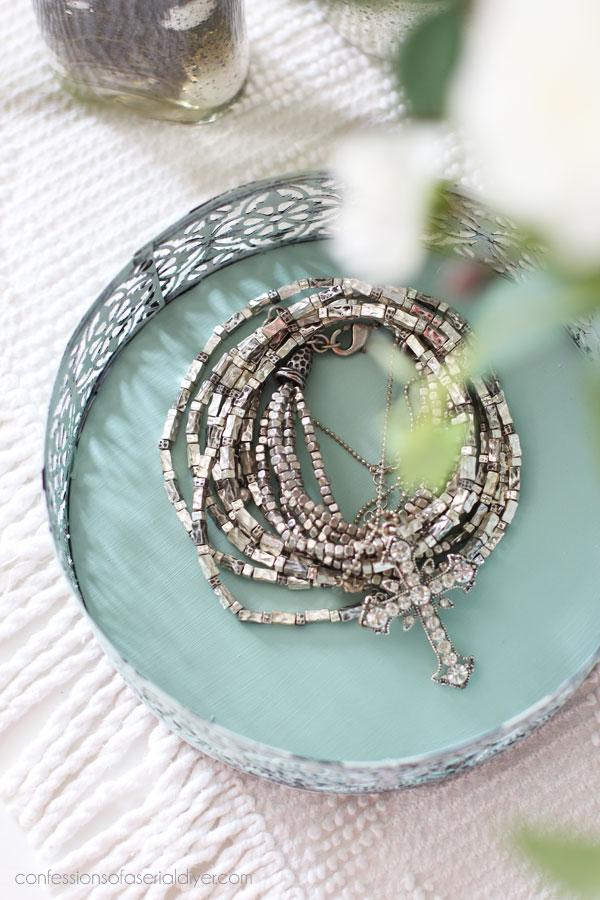 https://www.etsy.com/listing/693341822/dixie-belle-sea-glass-chalk-mineral