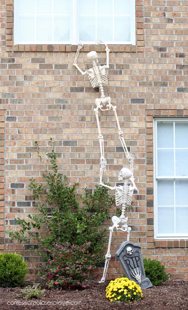 Outdoor Halloween Decor Skeletons
