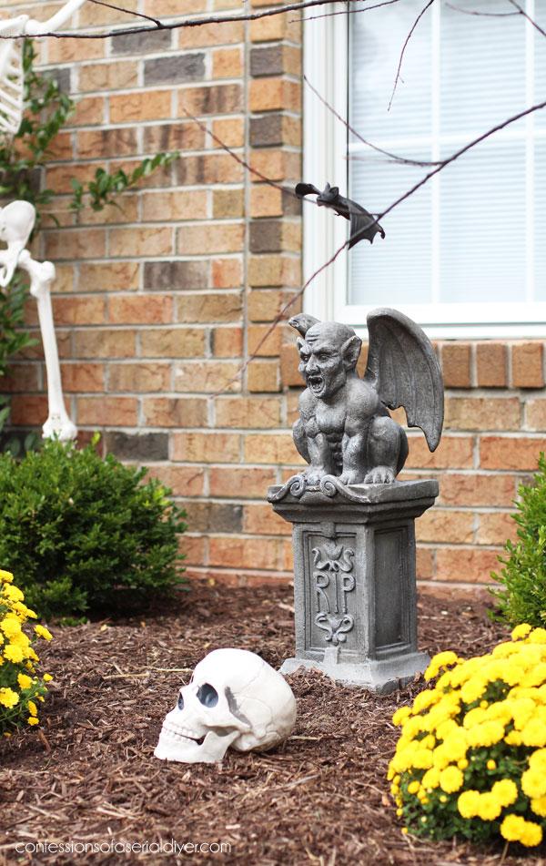 Outdoor Halloween Decor Gargoyle
